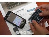 Компактная беспроводная клавиатура для мобильных устройств Mobience smallQWERTY